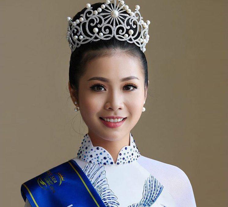 Hoa Hau Kim Ngoc